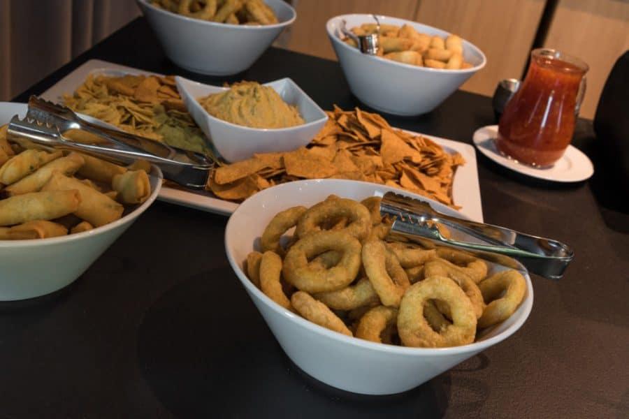 fresh buffet Medziotoju uzeiga